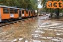 In una giornata di copiosa pioggia, la 1794 traina la 4611 guasta. (15-10-'19)