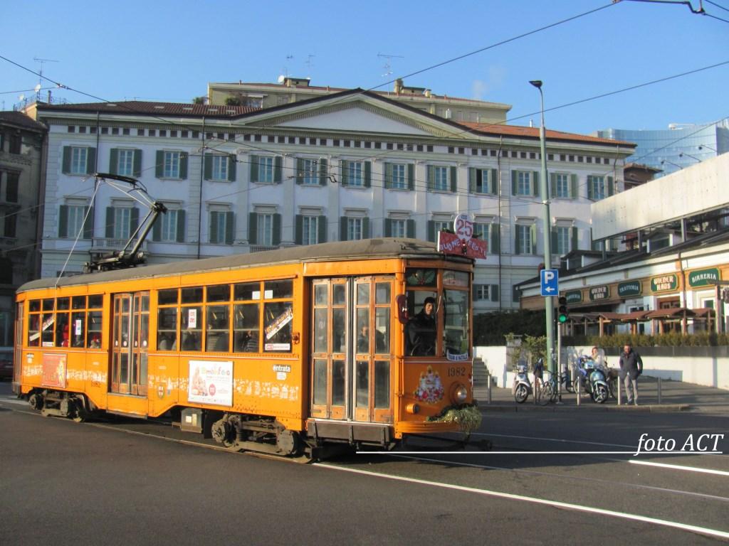 Riviviamo il tram di Natale  ACT 2016