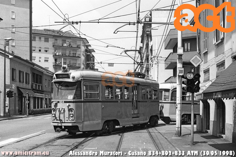 Bloccato 834+802+833 (quest'ultima non visibile) ATM, proveniente da Milanino, al bivio di Cusano dell'ex interurbana Milano-Desio. 30 maggio 1998 Foto Alessandro Muratori ©